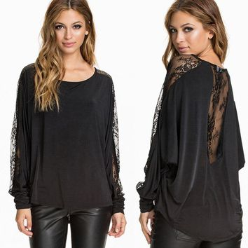 Stylish Scoop Neck Batwing Sleeves Lace Splicing T-Shirt For Women
