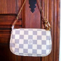 LV tide brand female models wild handbag mahjong bag White check
