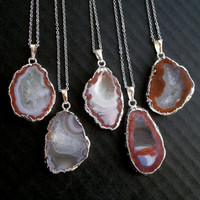 Silver Geode Necklace Silver Geode Connector Druzy Pendant Silver Edged Pendant Red Stone Necklace Silver Natural Stone Pendant Agate Jewel