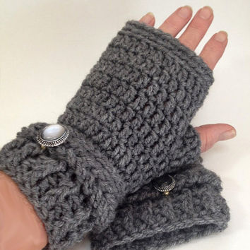Chunky grey fingerless mittens Texting mitts Heather grey crochet fingerless gloves Women's Medium to Large