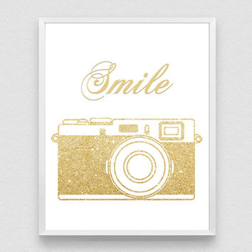 Golden Old Camera, Smile Print, Printable Art, Wall Decor Art, Vintage Camera, Inspiring quote, Nursery print, golden poster, typography