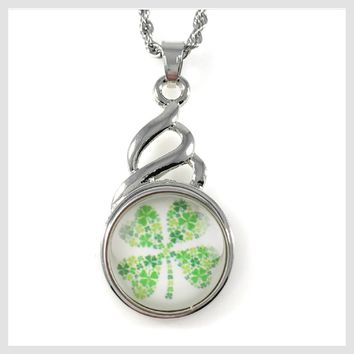 "Snap Charm Pendant Shamrock 20mm Snap Includes 18"" Chain"
