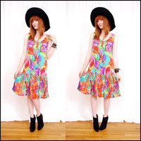 FREE Worldwide Shipping VINTAGE 90's Floral by paramountvintage