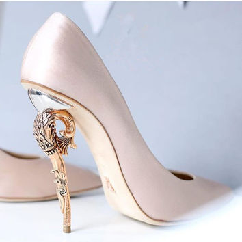 Beige/Blue/Silver Satin With Gunmatel Leaves Crystal Pumps Bride Shoes Woman Chaussure Femme Wedding Pointed Toe High Heels