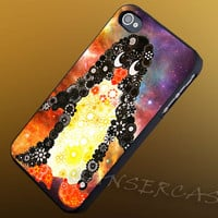 Spirograph Penguin Nebula - iPhone 4/4s/5c/5s/5 Case - Samsung Galaxy S3/S4 Case - Black or White