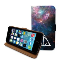 Beanbeancase Deathly Hallows Harry Potter Flip Leather Wallet Case for iPhone 5s / 5 (L15) (Newspaper)