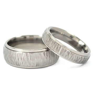 New Tree-Bark His and Hers Set Titanium Wedding Rings
