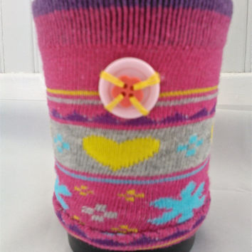 Pink Coffee Cosy | Fabric coffee sleeve | Bright cup cozy | Slip-on mug cosy | Reusable coffee sleeve | Cute button cozy | Coffee sock