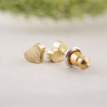 2016 summer Fashion Little Heart stud Earrings Tiny Stud color gold silver rose gold new style earings for women ED017