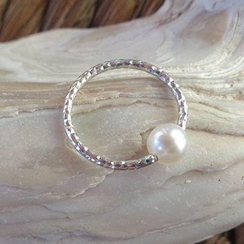 BCR,Captive Freshwater Pearl Diamond Cut Nose Ring,Daith piercing ring,cartilage,helix,tragus,ear hoop earring