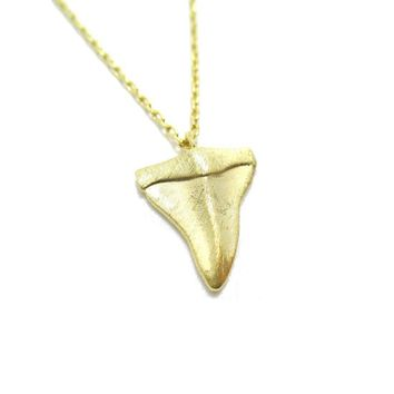 Mini Shark Tooth Boho Pendant Necklace in Gold
