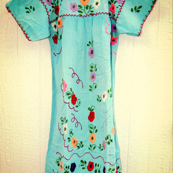 Women's embroidered mexican peasant dress light blue and flowers embro,  Boho-chic Hippie vintage 70's