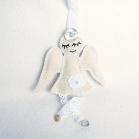 Wool felt angel ornament - White Shabby Chic Vintage handmade - Wedding Christmas Birthday gift -  home decor - housewarming decoration