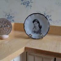 Quirky  Black and White Dollhouse Miniature Plate 1:12 Scale