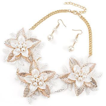Simulated Pearl Triple Layered Floral Pendant 18 Inch Adjustable Plastic Link Necklace with Matching Earrings Jewelry Set