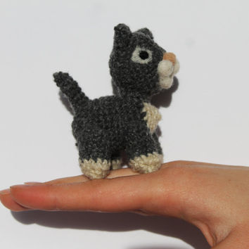 Crochet miniature cat, miniature toy, kitten, handmade grey and white toy, mini toy