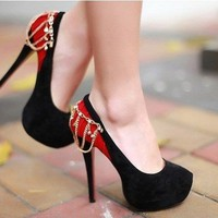 Suede Stiletoe High Heels with Chain Decoration