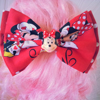 Minnie Mouse hair bow / Disney hair bow / double hair bow / girls hair bow / girls hair clip / red polka dot bow / fabric bow / Mickey mouse