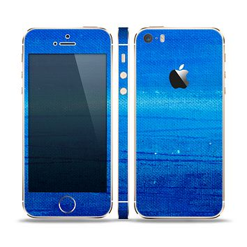 The Unbalanced Blue Textile Surface Skin Set for the Apple iPhone 5s