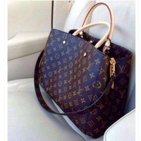DCCKN7G LV Louis Vuitton Shoulder Bag Female Inclined Shoulder Bag