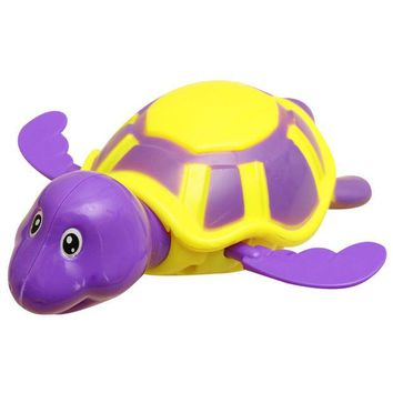 DCCKL72 Plastic Baby Bath Toy Swim Turtle Chain Clockwork Bathing Toy Cute Bath Time Animals Great Fun Plastic Baby Toy for Kids Random