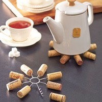 Remake It! Wine Cork Trivet - DIY Recycling with your Wine Corks!