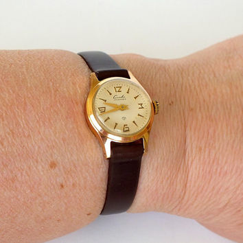 Cute Tiny Womens Watch SLAVA (Glory) 60s. Soviet Watch For Women. Gold Plated Ladies Wrist Watch. Small Vintage Watch. Gift For Her