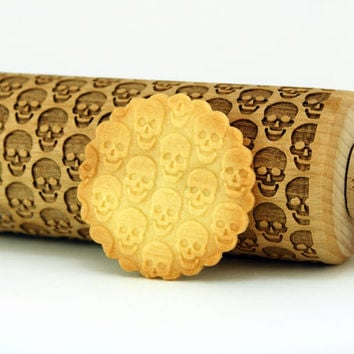 SKULLS – Embossing wooden rolling pin