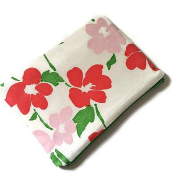 Vintage Fabric Pouch - Floral Cosmetic Case - Romantic Purse - Girls Accessory - Small Makeup Bag - Floral Zipper Pouch - Gift Idea for Her