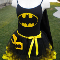 Runners Batman Super Hero DC Comics Costume Cape Mask Cuffs Tutu