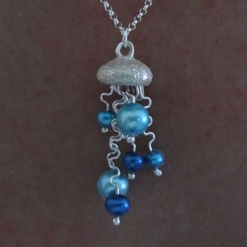 Jellyfish Pearl Necklace