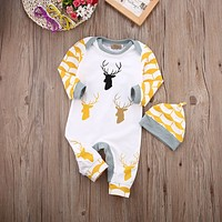 New 2017 Autumn/Winter Baby Rompers clothes long sleeved coveralls for newborns Boy Girl Polar Fleece baby Clothing with hat