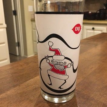 Vintage Dairy Queen DQ Santa Claus Christmas Drinking Glass White RARE Libbey