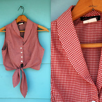 1990s. red & white gingham crop top with tie. s