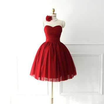 Red sweetheart neckline  knee-length A-line ruched tulle satin plus size prom bridesmaid dress homecoming dress ET208