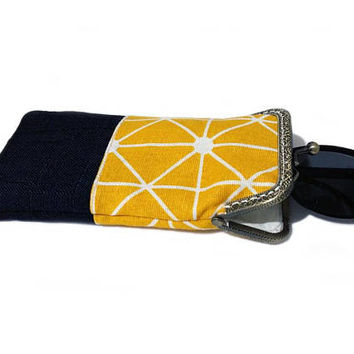 Sunglasses Case, Gift for Her, Mother's Day Gift, Single Glasses Case, Black and Yellow Upholstery fabric, Kiss Lock Antique Bronze Frame