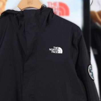 Free shipping-The North Face thin outdoor sports wild jacket