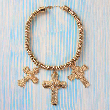 Cross Over Necklace