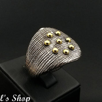 Ring, Bague, Anillo, Special Design Jewelry, 925 Sterling Silver, Gift For Her, Hammered, Oxidized, Handmade, US Size 8