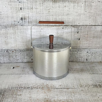 Ice Bucket Mid Century Modern Ice Bucket Metal Ice Bucket Vintage Bar Ware Silver Ice Cooler Retro Barware Bar Cart Silver Cocktails