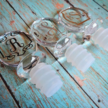 Monogram Wine Stopper, Personalized Wine Stopper, Acrylic Wine Stopper - FREE GIFT WRAPPING!