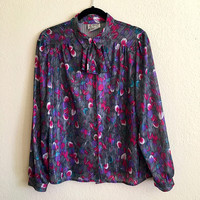 80s Vintage Pussybow Top / D'Allaird's Canada / Button Up Blouse / Silky Sheer Shiny