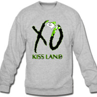 kiss land xo Sweatshirt Crew Neck