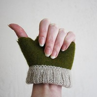 Mossy / felted fingerless gloves/ Women's size XS by onstail