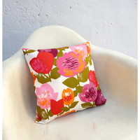 Pillow Case Cover - 16 Inch Size - Vintage Bold Floral Fabric - Accent Pillow