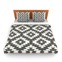 "Amanda Lane ""Navajo Black Cream"" Tribal Geometric Lightweight Duvet Cover"