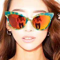 Wildfox Couture Grand Dame Deluxe Sunglasses Seaweed One