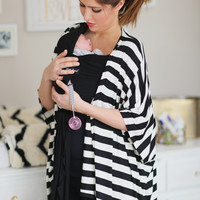Signature Black & White Striped Milk Snob™ Nursing Kimono - MilkSnob
