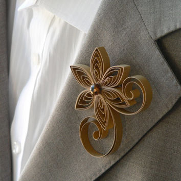 Gold Boutonniere, Gold Buttonhole, Gold Wedding Boutonniere, Mens Wedding Boutonnieres