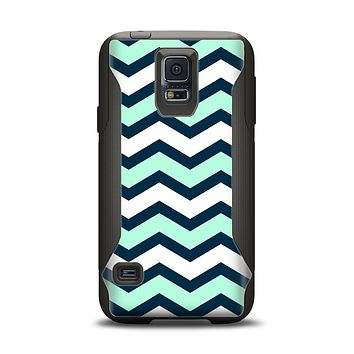 The Teal & Blue Wide Chevron Pattern Samsung Galaxy S5 Otterbox Commuter Case Skin Set